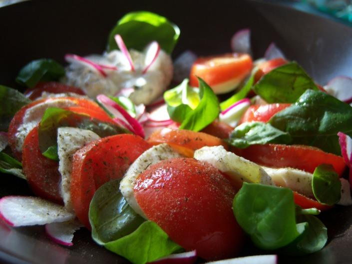 Tomate Mozarella Salat